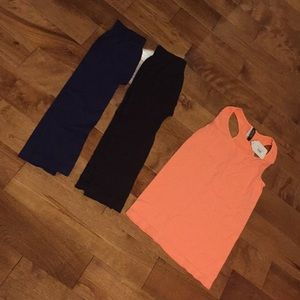 2 one size nikibiki leggings, one nikibiki tank.